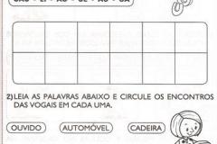 atividades-com-vogais-para-alfabetizar38